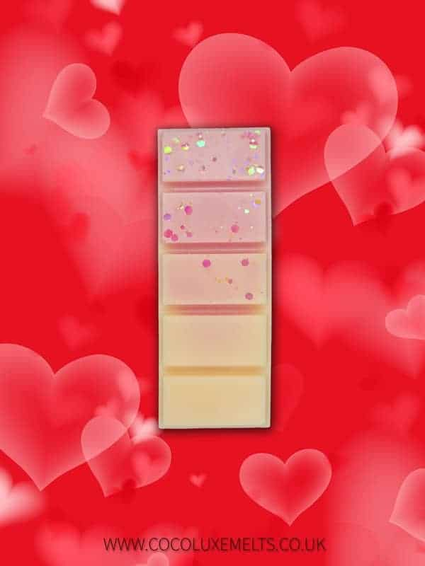 Peony and blush suede valentines day wax melt UK